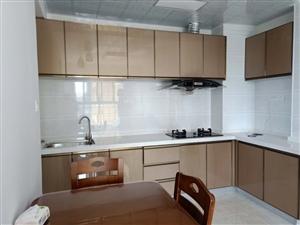 独家豪华装修好房,超值两房仅2000月!