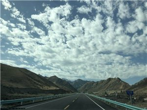 火��R新疆行之���旃�路的旅行。
