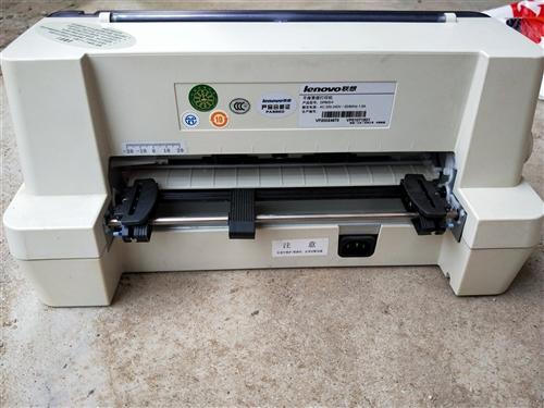 出售联想打印机一台,原价1500买的,没用过,价格可以商量,非诚勿扰!