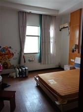 宏康小区3室 1厅 1卫1100元/月