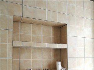 瓦工贴瓷砖