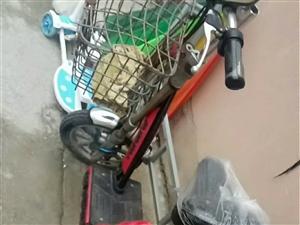 出售。二手电动车。新换电瓶,新换一只轮胎。