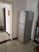 柠都新城3室 2厅 2卫1350元/月