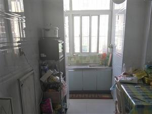 西区(新苑小区)2室 1厅 1卫1600元/月