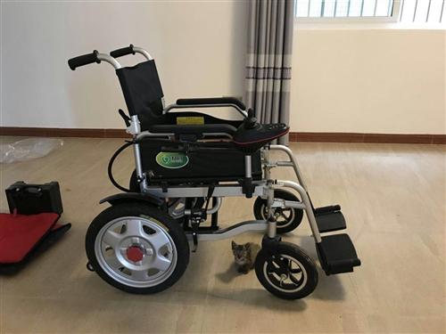 原价3000多的电动轮椅,买来一次没用过,所有东西全新.1500南溪包送