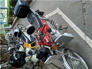 转让二手珠江牌摩托车,手续齐全,车况优良。2017年购买,现低价转让,可小刀。