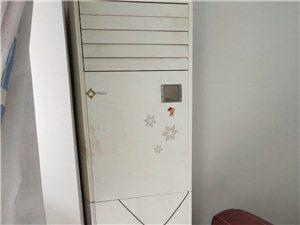 出售两台闲置海尔空调,可制冷制热