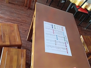 60*120㎝,桌子,十套,价格面议,餐馆用过的,质量好,美观。需要的联系