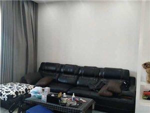 融家地产:学区华府山庄2室 2厅1卫31.8万