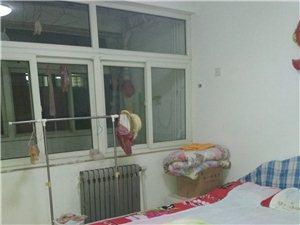 鑫源西区3楼,2室2厅,带大车库1300元/月