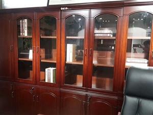 贵州众源办公家具有限公司,现在有一批广东马头的办公家具,需要出售,欢迎询问,也可以现场观看。