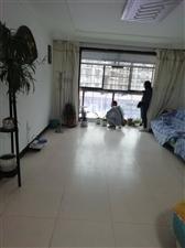 胜利西路3室 2厅 2卫1200元/月