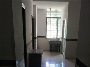 祥云路低层新装修家具齐2室 1厅 1卫700元/月