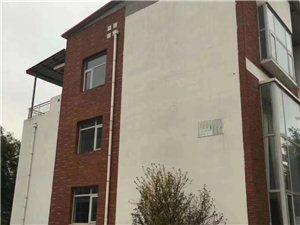 乡榭郦舍5室 3厅 4卫252万元