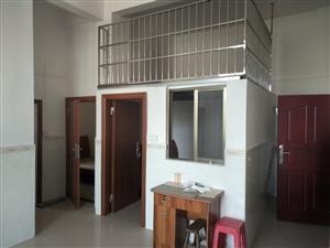 龙川一中3室1厅1卫850元/月