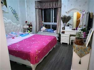 巴蜀花园3室 2厅 2卫精装89.8万元