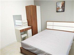 高新区4室 1厅 2卫600元/月