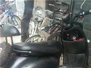 出售踏板摩托车一辆八成新价格好说