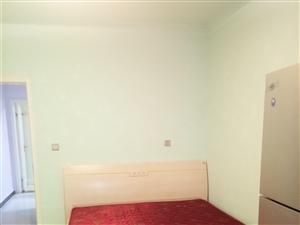 西亚斯附近2室 0厅 1卫1200元/月