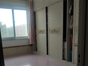 世博学苑2室 2厅 1卫65万元
