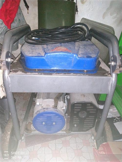 3千瓦发电机只用过几次带轮子可以轻松移动,价格面议