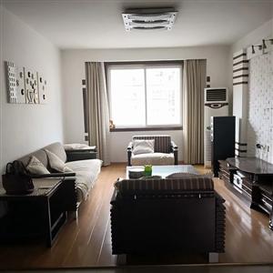 步行街三楼二室(1.9万)(530972)
