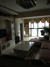 中铁金山3室2厅1卫83.8万元