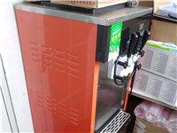 闲置两台机器,一台冰激凌机。一台四缸冷热饮料机。冰激凌机器买时6000块,冷饮机3000多。机器好用...
