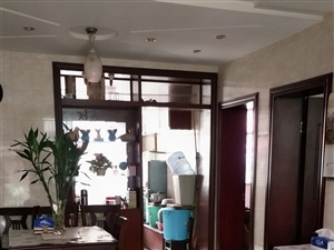 正街2室 1厅 1卫32.8万元