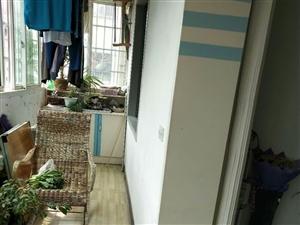 紫江花园3室 1厅 2卫56.8万元