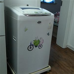 因搬家低价出售95新5kg全自动小天鹅洗衣机!