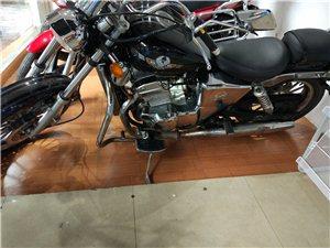 双杠250cc,外观完好,全原车件,无磕碰,手续齐。好车等识货的主儿。地址:烈士陵园加油斜对面新日电...
