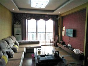 龙翔广场附近2房有空调租金1800元/月