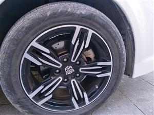 9成新变形金刚改装轮毂205.R16低价转让