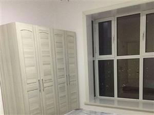 绿景家园(绿景家园)2室 1厅 1卫1600元/月