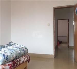 雅居小区3室 1厅 1卫700元/月