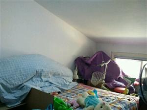 中坤小区3室 2厅 1卫14万元