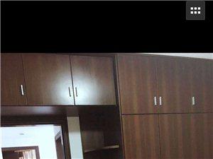 龙凤都城二期3室 2厅 2卫1300元/月