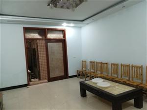 长江大道小区房,1楼3室 2厅 2卫850元/月