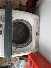 克莱斯勒洗衣机,没用多少次,成色很好,就是一直放在那吃灰