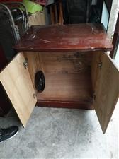 二手家具,还有凳子,打包出售,单卖也可以