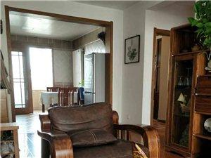 绿景家园(绿景家园)2室 1厅 1卫2000元/月