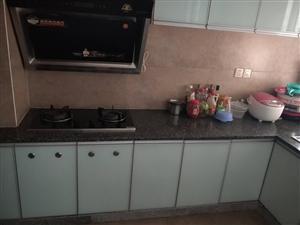 江南半岛品质楼盘精装4室2厅2卫即买即可入住