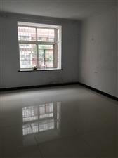 九龙华府中装3室2厅2卫有房本可按揭