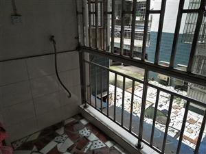 伯山小区2室 2厅 1卫30.8万元