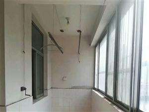 高原小区3室 2厅 1卫75万元