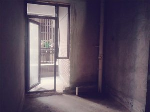 江南半岛2室 2厅 1卫32万元