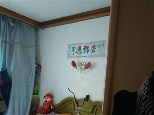 紫江花园3室 2厅 1卫42.8万元
