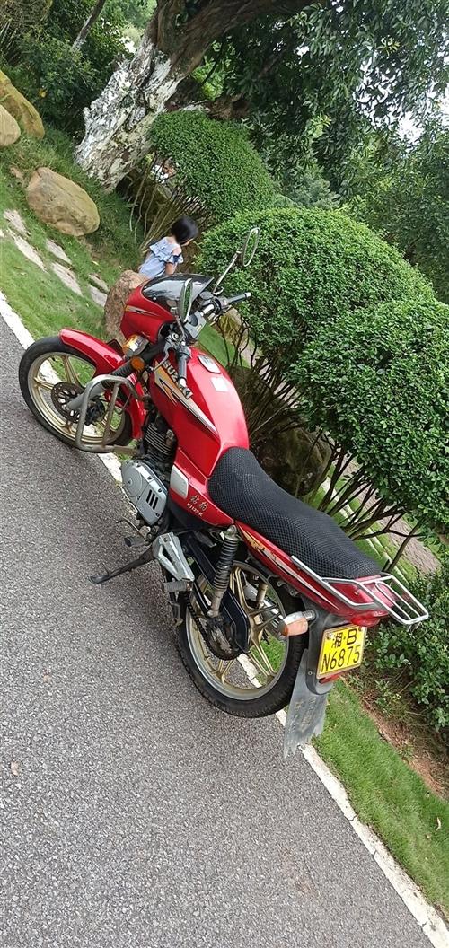 豪爵鉆豹125摩托轉讓