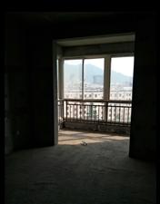 东篱雅舍3室 2厅 2卫105万元
